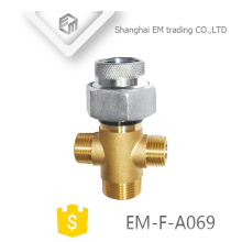 EM-F-A069 Multi-functional threaded brass galvanized russia nickle plated pipe fitting