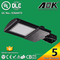 UL cUL Dlc Approuvé Taiwan Meanwell Driver 130lm / W 1000W Replacement LED Parking Lot Light