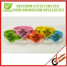Jeu de bracelets de silicone personnalisés enfants promotionnels