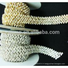 Vêtements, décoration en cristal, strass, coupe, chaîne, garnitures