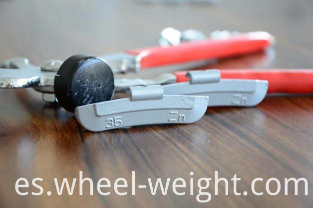 Zn clip-on weight for steel rim