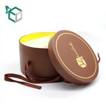 nueva llegada tres capas redondas cajas de embalaje de dulces de chocolate con cinta de bandeja interior de papel