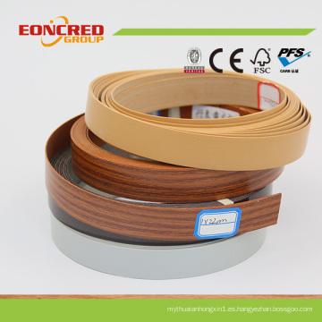 Diferentes tipos de bandas de borde hechas a través de PVC
