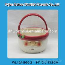 Schöne Keramikkörbe mit Weihnachtsmannmuster