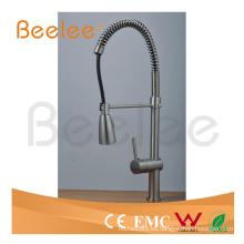China Sanitary Ware Pull-Down Spray agua fría y caliente cepillado Nickle Spring Kitchen Faucet