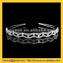 Tiara y corona de cristal