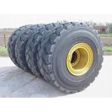 Tires for Kawasaki 70 Wheel Loader
