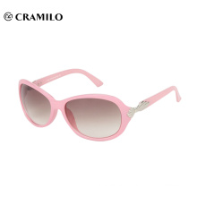 Fashion pink women sunglasses over glasses