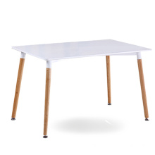 DSW Eiffel White Top Rectangle Table à manger