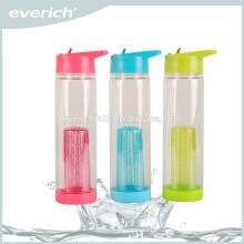 Botellas de agua infusión de plástico de alta calidad con tapa de paja