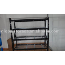 Pallet rack for warehouse management