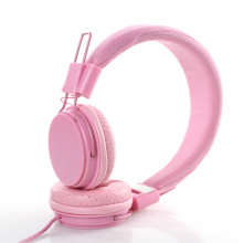 Folded Headphones with Mic