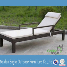Rattan Chaise Lounge Day Bed