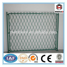 BTO22 pvc coated Welded Typed Razor Barbed Wire Mesh