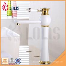 Качественная сантехника высокая белая краска смеситель для ванной комнаты смеситель