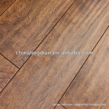 Elegant Handscraped surface 12 mm Laminated Flooring
