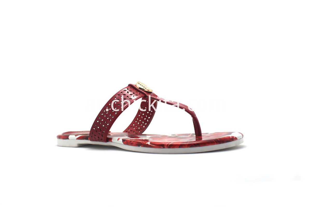 Ladies fashion slippers With Metal decorative buckle