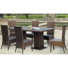 Mesa compacta de mimbre al aire libre y sillas baratas de comedor conjunto
