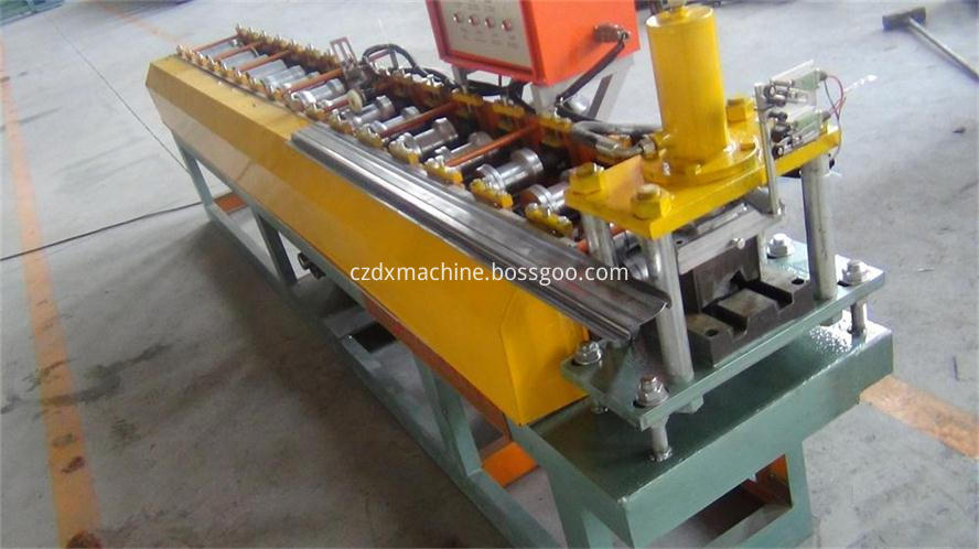 Steel fence panel roll forming machine