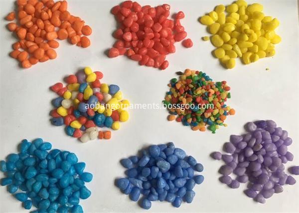 Dyeing pebble for aquarium