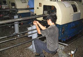 cnc machining turning 2