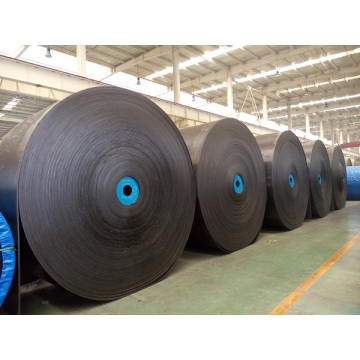 Oil resistant conveyor belt under strong wear condition