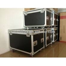 Flight case for stage light