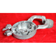 L'aluminium des pièces de moulage mécanique sous pression de la couverture adaptée aux besoins du client de machines