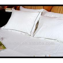 Funda de almohada 100% algodón hotel fujita cuadrado con ribete azul oscuro