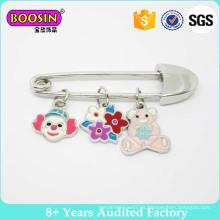 Baby Shower Cochecito Broche decorativo Alfiler de falda con encanto de oso Broche de seguridad para bebé