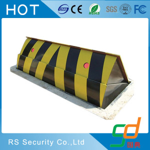 Heavy duty parking security roadway hydraulic road blocker