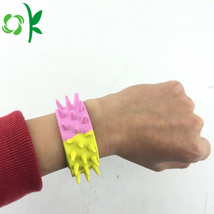 Slap Bracelet With Barbed 2