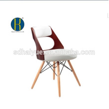2017 Haute qualité brun peinture meubles de salle à manger avec des jambes en bois massif