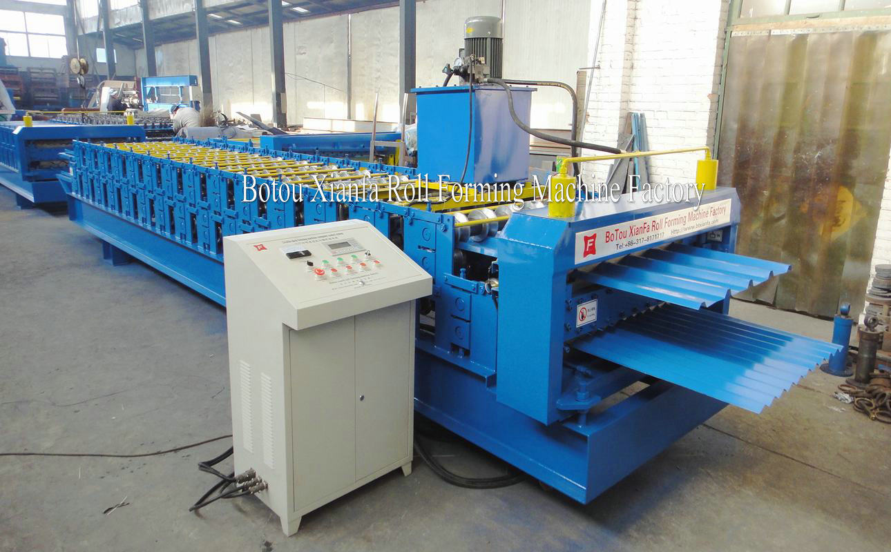 machine for metal roof panel