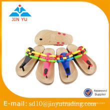 Prix de l'usine en Chine jolie sandale femme Sandale