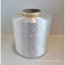 Fil de polyester à très faible retrait de bâche