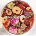 Chá verde aromatizado e chá preto com flores como wolfberry, hawthorn, rock candy, rosa, jasmim