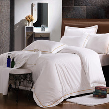 Высокий стандартный дизайн вышивки отель постельное белье наборы (WS-2016312)