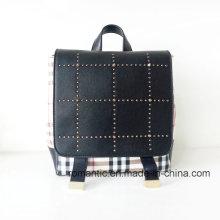 Vendedor de Guangzhou Lady PU Remaches Mochila de cuero (NMDK-040505)