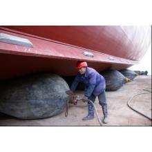 Embarcación utilizada para lanzar Marine Airbag