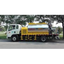 Low power consumption asphalt distributor