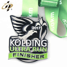 Esmalte de encargo al por mayor logotipo corriendo medallas deportivas de metal