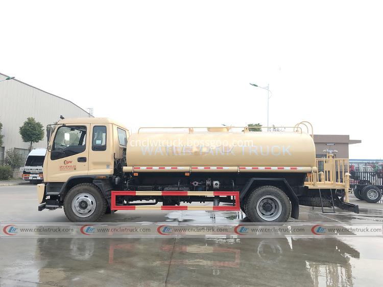 Isuzu Tanker Truck 10 000 Liters 2