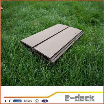 2015 high quality low price cost-effective waterproof interlocking deck floor for sale