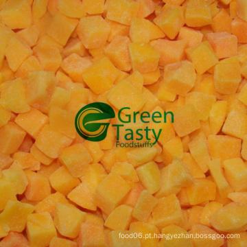 A colheita nova 2015 congelou o pêssego amarelo fresco corta
