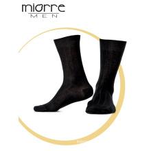 Miorre OEM Venta al por mayor Mixed colores surtidos calcetines de algodón de los hombres