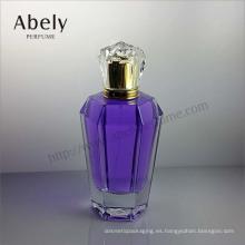 Botella de cristal elegante y de moda para el perfume
