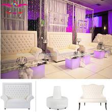 Sofá de casamento branco