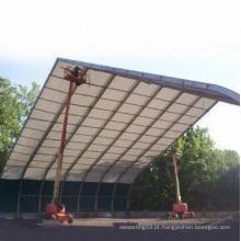 Montagem de tenda de alumínio com 12m de comprimento e 50 anos de vida útil