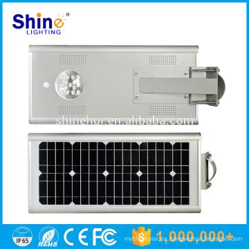15W precio de fábrica IP65 integrado todo en una luz de calle solar del LED